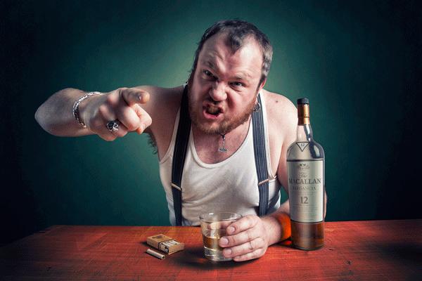 муж пьет часто